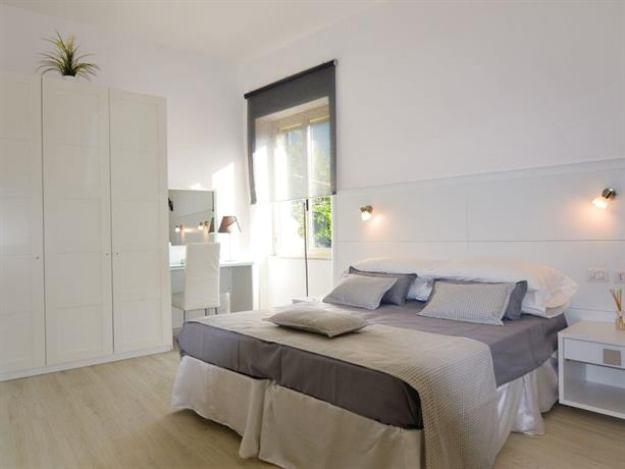 Hotel La Terrazza Family House For 212 Eur In Santagnello