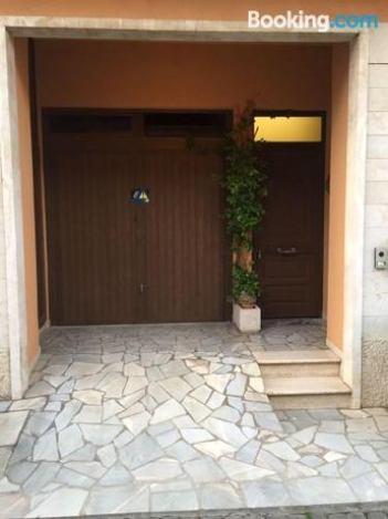 Hotel La Terrazza Sul Lago Marta For 98 Eur In Marta Italy