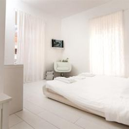 4br Apartment Colosseo White
