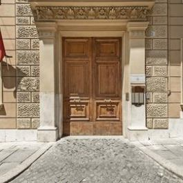 A Home to Rent Barberini