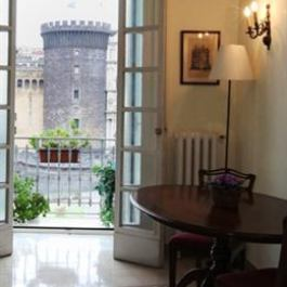 Al Maschio Angioino Bed Breakfast Naples