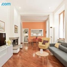 Bright and large 2 bed flat in San Giovanni