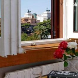 Colosseum View Apartment Rome