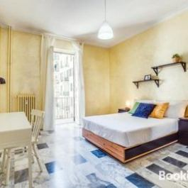 Cosy 2 bed flat near San Giovanni