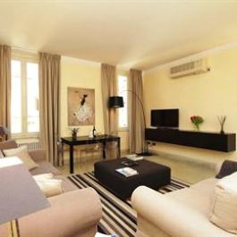 Crispi Luxury Apartment My Extra Home