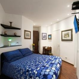 Homestay Double room ensuite near Vatican
