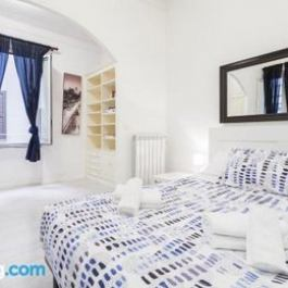 Large Termini Comfortable Apartment 6 person