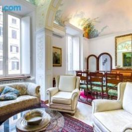 Large and charming flat near Termini
