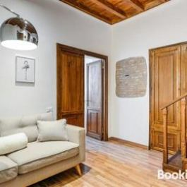 Stunning 2 bed flat in the heart of Rome