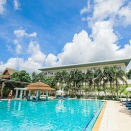 Chalong Beach Hotel And Spa Phuket
