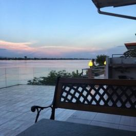Jergun Mekong River Hometel