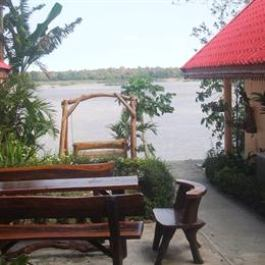 Rojanas Retreat on Mekong