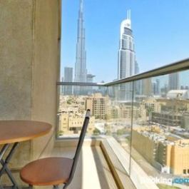 Luton Vacation Homes Burj Views Apartment in Downtown